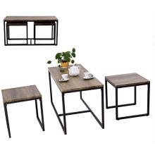 Table à thé et chaises en métal et bois