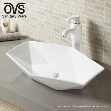 lavatório de cerâmica