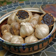 The hypertension whole black garlic