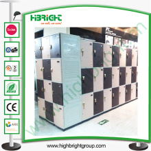 Plastic Locker System mit verschiedenen Farben erhältlich