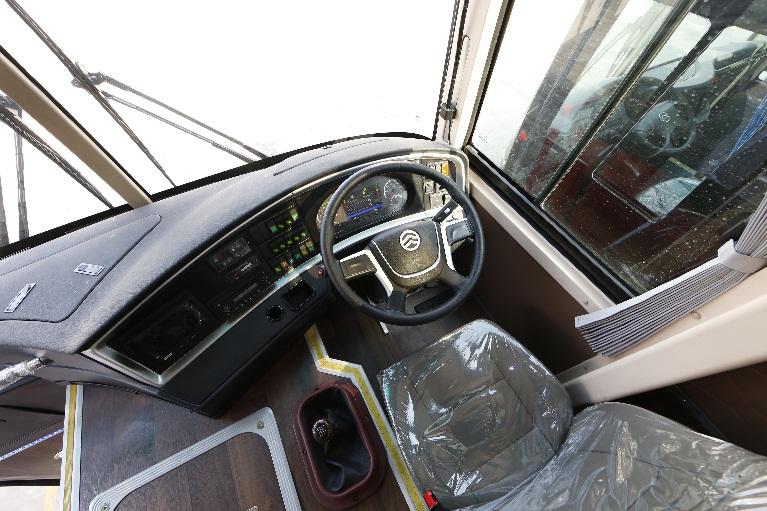 RHD bus (3)