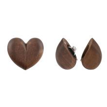 Stockage de collier de boucle d'oreille de bague de mariage en bois en forme de coeur