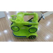 Balade électrique sur voiture bébé avec plat de restauration