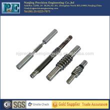 China cnc personalizado de alta precisión que gira los engranajes de tornillo sin fin para las piezas de automóviles