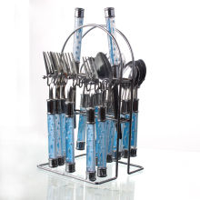 Столовые приборы из нержавеющей стали с пластиковой ручкой