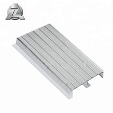 platelage en aluminium pour escaliers antidérapants