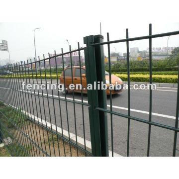 6/5/6 ou 8/6 / 8mm de double clôture horizontale de fil (usine)