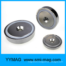 Magnetic assembly countersink hole pot magnet