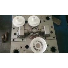 Os plásticos feitos-à-medida dos tamboretes plásticos moldam o molde do agregado familiar na fábrica de Zhejiang