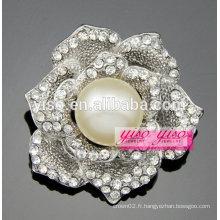 Fleur fleur rose broche perle blanche