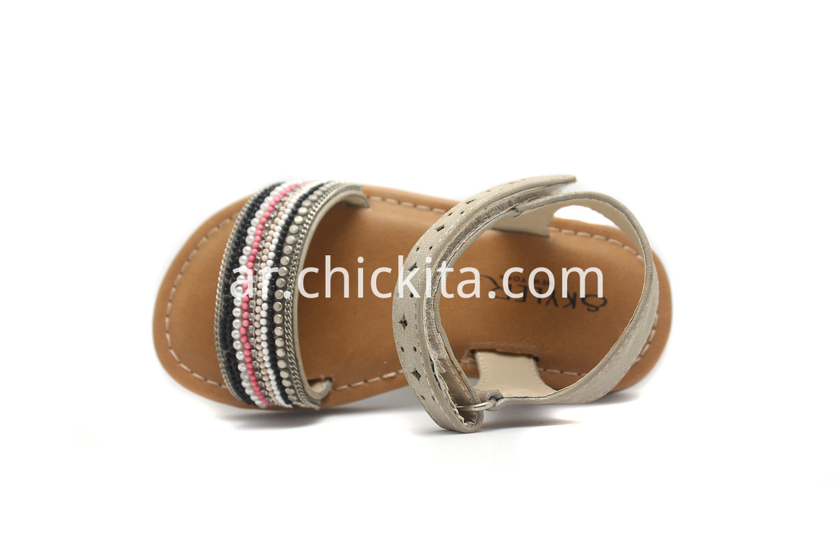 Children Flat Fashion Sandals with Woven Decoration