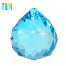Bola colgante cristalina tallada azul barato al por mayor para la decoración del árbol de navidad