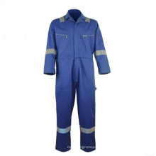Water and oil repellent industrial protective workwear
