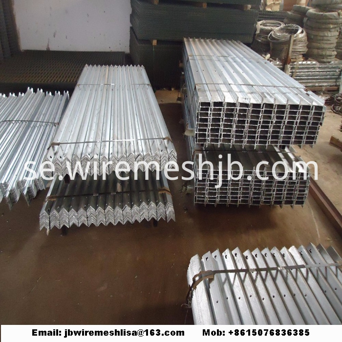 Galvanized And Powder Coated Steel Palisade Fence