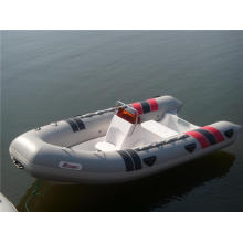 Fiberglass Inflatable 6 Persons Rib Boat with Console