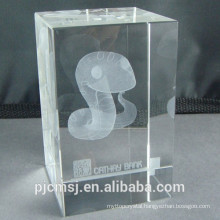 3D Laser Crystal Cube Paperweight With Snake Laser Engraving