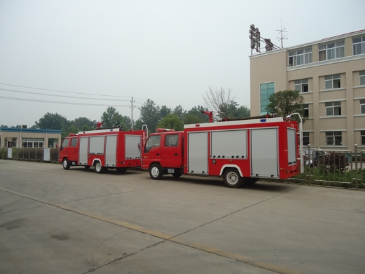 UD Brand Rescue Truck Fire Fighting Tanker Vehicle