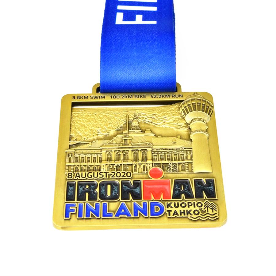 3 8km Swim Medal