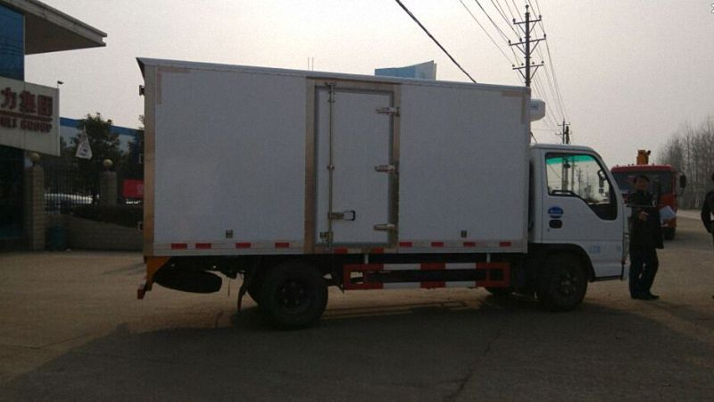 Refrigerated Truck 104