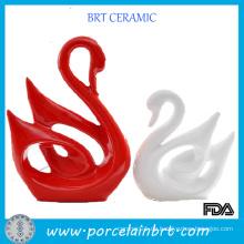 Moderne keramische rote und weiße Paare Schwan-Hochzeits-Geschenk