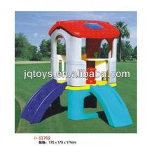 Crianças playhouse de plástico ao ar livre com slide