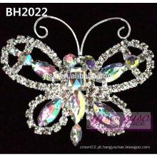 Pino da representação da coroa de cristal de borboleta