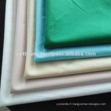 100% coton Shirting 140 * 72 / CM40 * CM40 105gsm Haute qualité du Vietnam