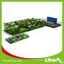 Parque de diversões para crianças grandes com trampolim, design personalizado Parque de crianças com trampolim para crianças tema da selva