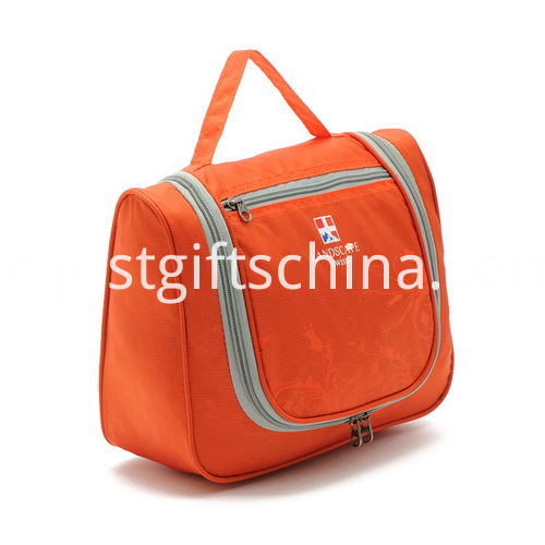 Promotional Custom Polyester Hanging Cosmetic Bags W Embroidered Logo (2)