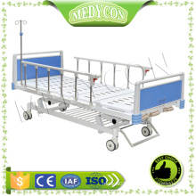 MDK-T215 New safety three crank manual hospital patient bed designed