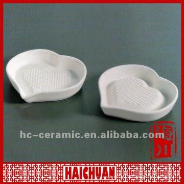 Ceramic garlic grater, mini grater