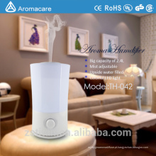 Aromacare adiciona água a partir do umidificador Top Easy Home