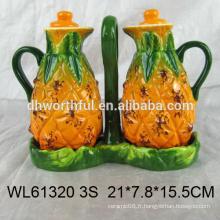 Bouteille d'huile de céramique de style nouveau 2016, bouteille de vinaigre en céramique à la forme d'ananas