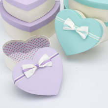 Various design heart shape gift box