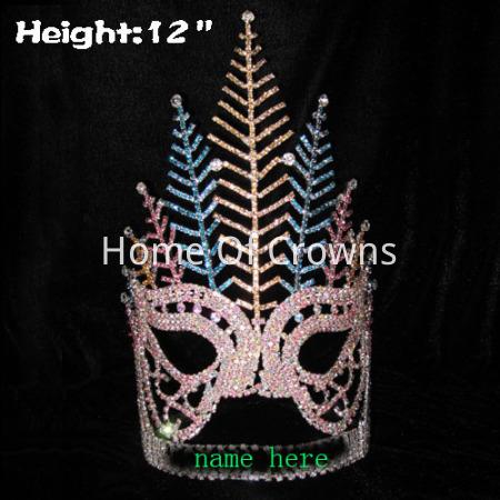 Corona en forma de máscara de 12 pulgadas de altura con plumas de pavo real