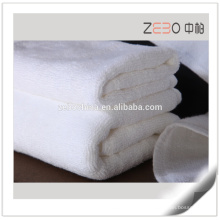 Reine weiße benutzerdefinierte Größe verfügbar Strandtuch Günstige Hotel 21s Badetücher