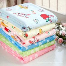 200 nuevos niños de la historieta del bebé de la toalla de Microfiber del G / M venden al por mayor los artículos promocionales de la impresión creativa
