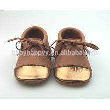 Nouveau design chaussures décontractées chaussures en cuir bébé MOQ300