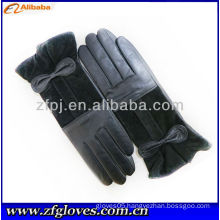 2013 high quality lady's wearing leather flower glove