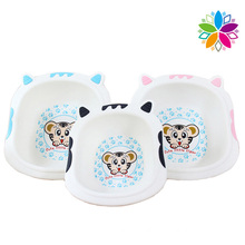 Cute Cartoon Design Plastic Wash Basin for Baby (SLP040)