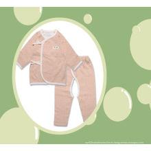 Traje del cuerpo del bebé del algodón orgánico 2PCS fijado con la fabricación del diseño del PUNTO en China