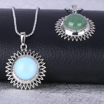 Natural Gemstone Silver Alloy Sunflower & Chrysanthemum Stone Pendant