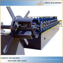 Techo Furring Omega Purlin laminado en frío que forma la máquina / truss quilla de la luz del perfil que hace la máquina