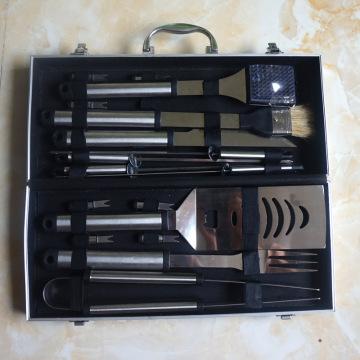 Juego de barbacoa de acero inoxidable de 18 piezas con estuche de almacenamiento