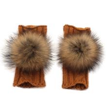 Зимние модные девушки вязаные перчатки с шариком из енота