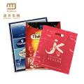 Großhandelsheidesiegel-Gewohnheits-Logo druckte biologisch abbaubaren gestempelschnittenen Griff Ldpe HDPE PET Einkaufsplastiktasche