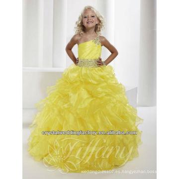 2013 un hombro rebordeó los vestidos del desfile ruffled el vestido hinchado amarillo de la muchacha de flor de la falda CWFaf5228