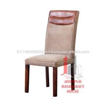 Chaise ancienne à vaisselle en cuir et toile