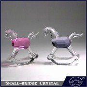 cheap hot selling horse crystal artware china manufacturer