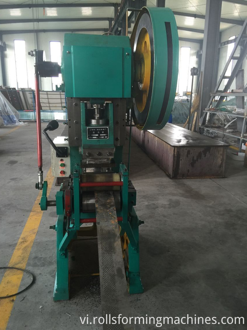punching machine for Roll Metal Shutter Roll Forming Machine